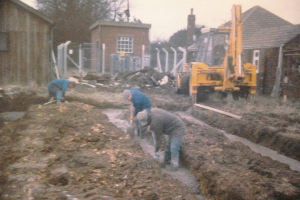 Foss Dyke Brass Band - Bandroom foundations being dug in 1990.